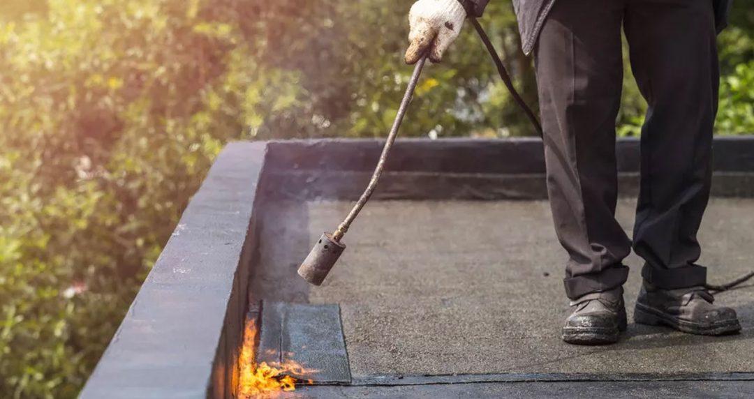 bitumen-dakbedekking-dakleer branden