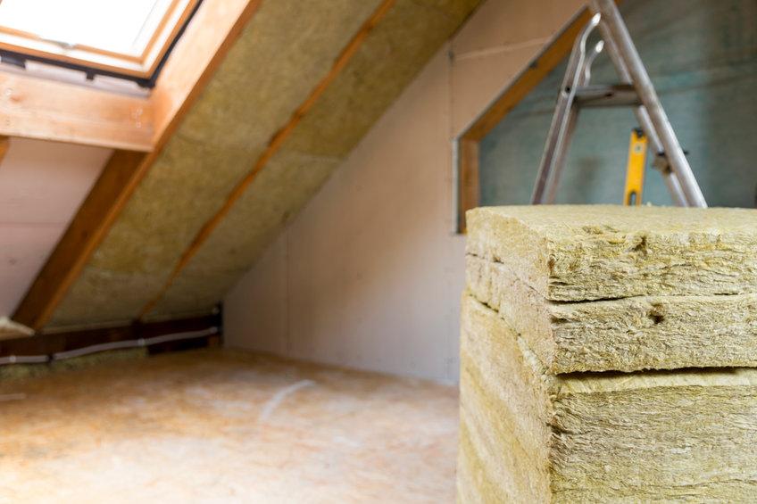 Kosten besparen door uw dak te isoleren